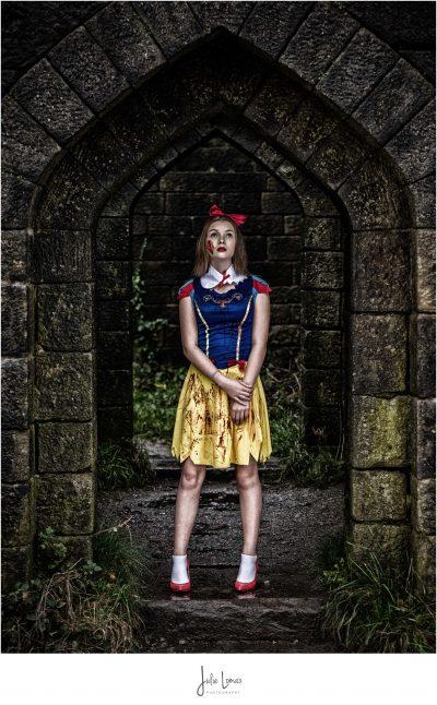 Halloween Photoshoot, Snow White, Rivington, Portrait Photographer, Julie Lomax, Halloween